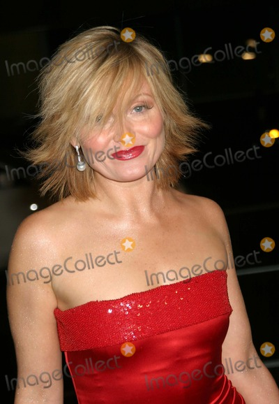 Essie Davis Photo - Girl with a Pearl Earring LA Premiere the Academy of Motion Pictures Arts  Sciences Samuel Goldwyn Theater Beverly Hills California 121003 Ed GelleregiGlobe Photos Inc 2003 Essie Davis