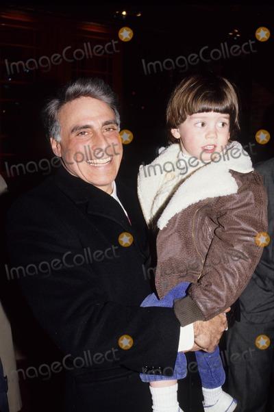 Andrew Stein Photo - Andrew Stein with Son Benjamin Stein 1988 A2794 Photo by Adam Scull-Globe Photos Inc