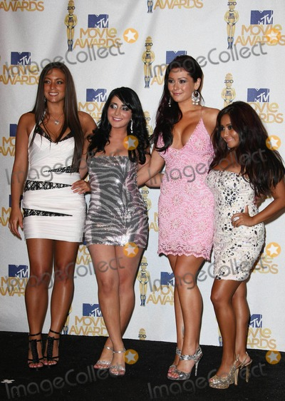 Angelina Jolie Pivarnick Photo - Actresses Sammi Giancola (l-r) Angelina Jolie Pivarnick Nicole Snooki Polizzi and Jenni JWOWW Farley of Jersey Shores pose in the 2010 MTV Movie Awards Photo Press Room at Gibson Amphitheatre in Universal City Los Angeles USA on june 6th 2010 Photo by Alec Michael-Globe Photos incK65522AM