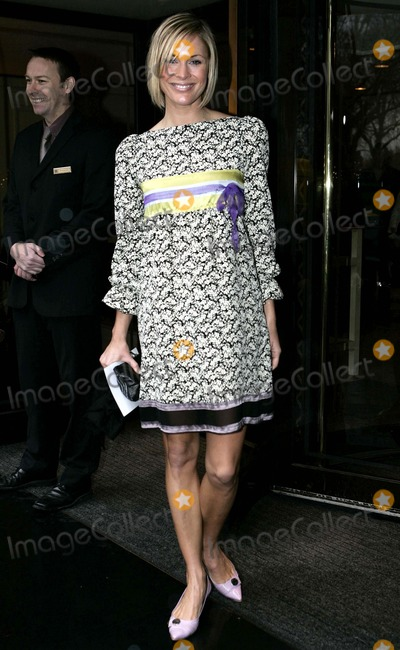 Jenni Faulkner Photo - Jenni Faulkner attends the Tric Awards at the Grosvenor House Hotel on Park Lane in London 03-07-2006