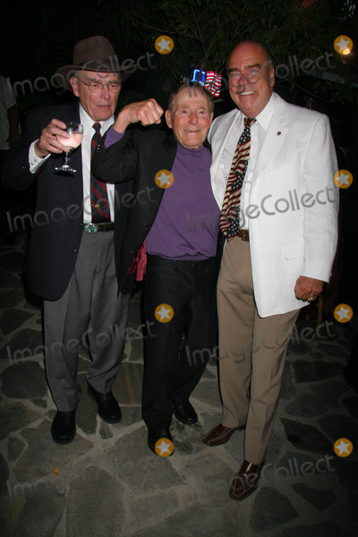 Jack LaLanne Photo - Birthday Party For Philanthropist Arthur Kassel Private Estate Beverly Hills California 08-18-2007 Judge Harry Pregerson Jack Lalanne and Arthur Kassel Photo Clinton H Wallace-photomundo-Globe Photos Inc