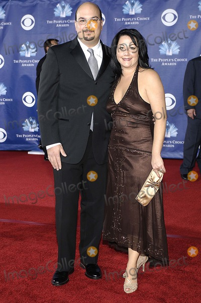 Anthony Zuiker Photo - Peoples Choice Awards Arrivals Held at the Shrine Auditorium in Los Angeles CA 01-10-2006 Photo Hakim Photos-Globe Photos Inc 2006 Anthony Zuiker Jennifer Zuiker