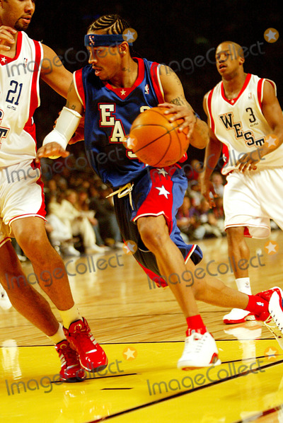 Allen Iverson Photo - Allen Iverson Nba Allstar Game Staples Center Los Angeles USA Photo Byalec MichaelGlobe Photos Inc 2004