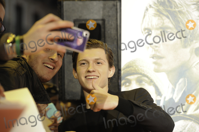 Tom Holland Photo - Tom Holland shooting with their fans -En el corazn del Mar- (In the heard of the sea) premiere at MAdrid Premiere Week 2015 in Madrid
