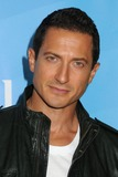 Sasha Roiz Photo 4