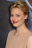 Gillian Jacobs Photo 4