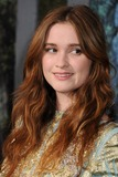 Alice Englert Photo 4