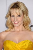 Melissa Rauch Photo 4