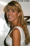 Donna D'Errico Photo 4