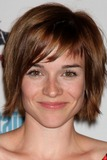 Renee-Felice Smith Photo 4