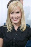 Angela Kinsey Photo 4