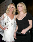 Courtney Love Photo - Kimberly StewartCourtney LoveClive Davis Annual Pre-Grammy PartyBeverly Hilton HotelBeverly Hills CAFebruary 7 2006