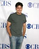 Charlie Sheen Photo 4