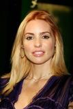 Olivia D'Abo Photo 4