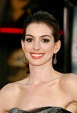 Ann Hathaway Photo 4