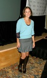 Amy Jo Johnson Photo 4