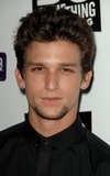 Daren Kagasoff Photo 4