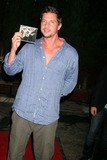Simon Rex Photo 4