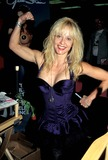 Linnea Quigley Photo 4