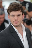 Sam Claflin Photo 4