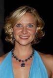 Julie Ashton Photo 4