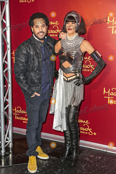 Adel Tawil Photo - Adel_Tawil unveils the wax figur of Whitney_Houston at Madame Tussauds Berlin Germany 03022014Adel Tawil enthuellt die Wachsfigur von Whitney Houston im Madame Tussauds Wachsfigurenkabinett Berlin 03022014Credit Bieberface to face