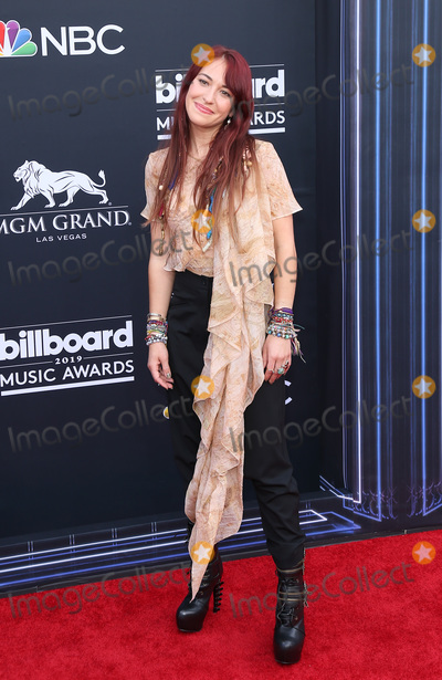 Lauren Daigle Photo - 01 May 2019 - Las Vegas NV - Lauren Daigle  2019 Billboard Music Awards at MGM Grand Garden Arena Arrivals Photo Credit mjtAdMedia