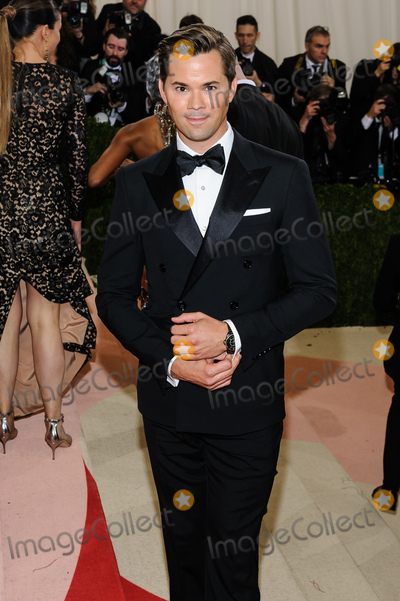 Andrew Rannells Photo - 02 May 2016 - New York New York- Andrew Rannells  Metropolitan Museum of Art Costume Institute Gala Manus x Machina Fashion in the Age of Technology Photo Credit Christopher SmithAdMedia
