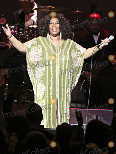Aretha Franklin Photo - 16 August 2018 - 1942  Aretha Franklin the Queen of Soul Dies at 76 File Photo March 5 2012 - Atlanta GA - Aretha Franklin the Queen of Soul made a stop at the historic Fox Theater in downtown Atlanta GA where she performed for a sold-out crowd Photo Credit Dan HarrAdMedia