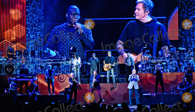Earth Wind  Fire Photo - 29 October 2016 - Hamilton Ontario Canada  Musical groups Chicago and Earth Wind  Fire perform during their Heart and Soul Tour 30 at FirstOntario Centre Photo Credit Brent PerniacAdMedia