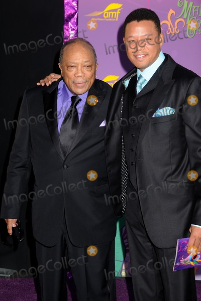 Alfred Mann Photo - 16 October 2011 - Santa Monica California - Quincy Jones and Terrence Howard Alfred Mann Foundation Annual Black-Tie Gala 2011 held at Santa Monica Airport Hangar 8 Photo Credit Byron PurvisAdMedia