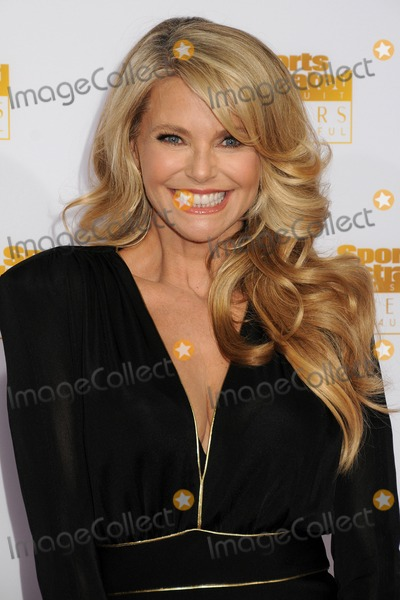 Christy Brinkley Pictures And Photos