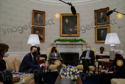 The White Photo - From left Cecilia Rouse Chair of the Council of Economic Advisers Brian Deese Director of the National Economic Council US Vice President Kamala Harris US President Joe Biden and Janet Yellen Secretary of the Treasury meet for the weekly economic briefing in the Oval Office of the White House in Washington DC US on Friday April 9 2021 Biden proposed major boosts in funding to combat inequality disease and climate change as part of a 152 trillion budget request for 2022 part of his wider push to redefine the role of government in American lives Credit Amr Alfiky  Pool via CNP
