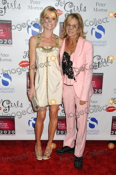 Arleen Sorkin Photo - 17 October 2011 - Hollywood California - Julie Bowen and Arleen Sorkin 11th Annual LES GIRLS Celebrity Cabaret held at Avalon Photo Credit Byron PurvisAdMedia
