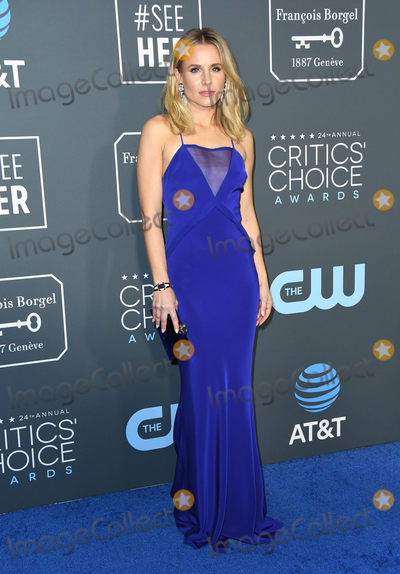 Kristen Bell Photo - 13 January 2019 - Santa Monica  California - Kristen Bell  The 24th Annual Critics Choice Awards held at Barker Hangar Photo Credit Birdie ThompsonAdMedia