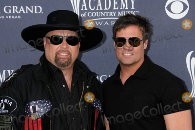 Troy Gentry Photo - 3 April 2011 - Las Vegas Nevada - Eddie Montgomery and Troy Gentry 46th Annual Academy of Country Music Awards - Arrivals held at the MGM Grand Garden Arena Photo Byron PurvisAdMedia
