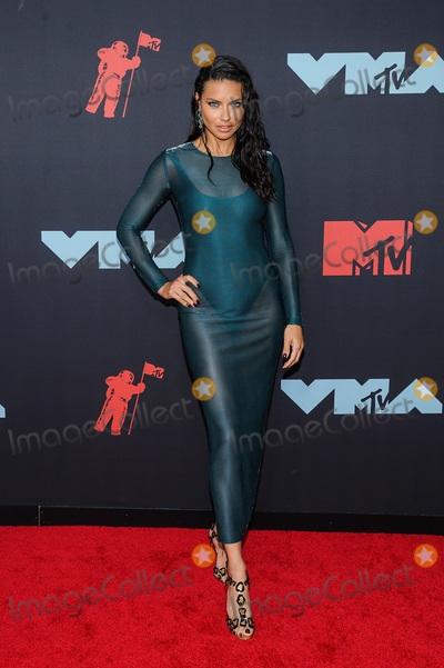 Christopher Smith Photo - 27 August 2019 - Newark New Jersey -  Adriana Lima 2019 MTV Video Music Awards held at Prudential Center Photo Credit Christopher SmithAdMedia