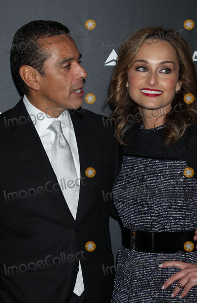 Giada De Laurentiis Photo - 7 February 2013 - Los Angeles California - Mayor Antonio Villaraigosa Giada De Laurentiis Delta Air Lines the Official Airline of the GRAMMY Awardscelebrate LAs music industry Held At The Getty House Photo Credit Russ ElliotAdMedia