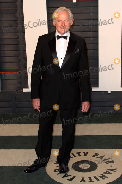 Victor Garber Photo - 28 February 2016 - Beverly Hills California - Victor Garber 2016 Vanity Fair Oscar Party hosted by Graydon Carter following the 88th Academy Awards held at the Wallis Annenberg Center for the Performing Arts Photo Credit AdMedia
