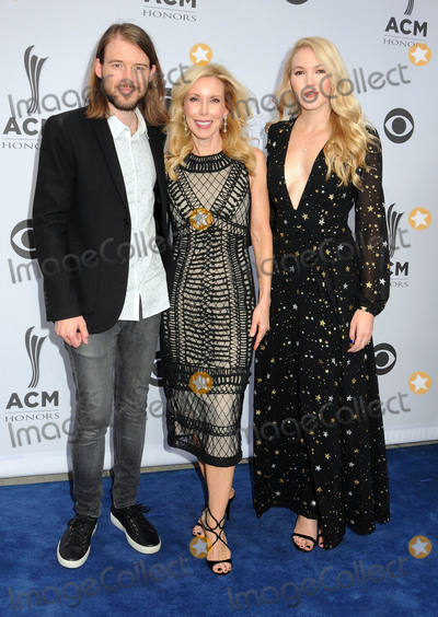 Ashley Campbell Photo - 23 August 2017 - Nashville Tennessee - Ashley Campbell Cal Campbell Kim Campbell 11th Annual ACM Honors held at the Ryman Auditorium Photo Credit Dara-Michelle FarrAdMedia