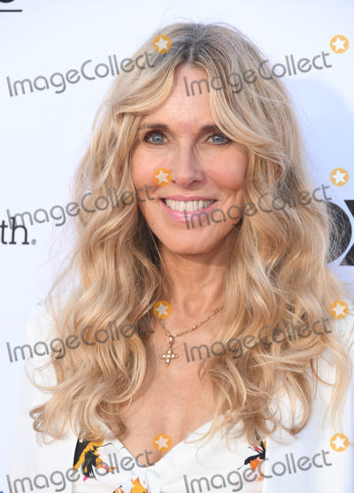 Alana Stewart Photo - 07 September 2018 - Santa Monica California - Alana Stewart 2018 Stand Up to Cancer held at The Barker Hangar Photo Credit Birdie ThompsonAdMedia