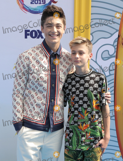Avi Angel Photo - 11 August 2019 - Hermosa Beach California - Asher Angel Avi Angel FOXs Teen Choice Awards 2019 held at Hermosa Beach Pier Photo Credit PMAAdMedia