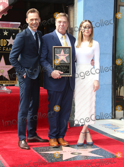 Brie Larson Photo - 11 March 2017 - Hollywood California - Tom Hiddleston John Goodman Brie Larson John Goodman Honored With Star On The Hollywood Walk Of Fame Photo Credit AdMedia