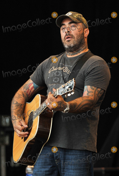Aaron Lewis Photo - 20 July 2012 - Morristown OH - Country music artist AARON LEWIS performs at Day 2 of the 36th Annual Jamboree In The Hills 2012  AARON LEWIS  is best kown as the lead singer for the rock group STAIND Photo Credit Jason L NelsonAdMedia