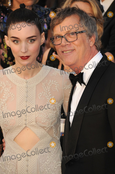 Todd Haynes Photo - 28 February 2016 - Hollywood California - Rooney Mara Todd Haynes 88th Annual Academy Awards presented by the Academy of Motion Picture Arts and Sciences held at Hollywood  Highland Center Photo Credit Byron PurvisAdMedia