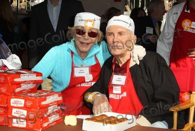 Anne Buydens-Douglas Photo - 21 November 2012 - Los Angeles California - Anne Buydens Douglas Kirk Douglas Kirk And Anne Douglas Host 8th Annual Thanksgiving For Skid Row Homeless At Los Angele Mission Held At The Los Angeles Mission Photo Credit Kevan BrooksAdMedia