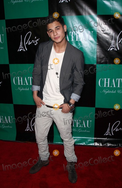 Kiowa Gordon Photo - 26 March 2011 - Las Vegas Nevada - Bronson Pelletier  Stephen Dorff Tinsel Korey and Kiowa Gordon will host the night with a special performance by Asher Roth at Chateau Nightclub and Gardens at Paris Las Vegas Photo MJTAdMedia