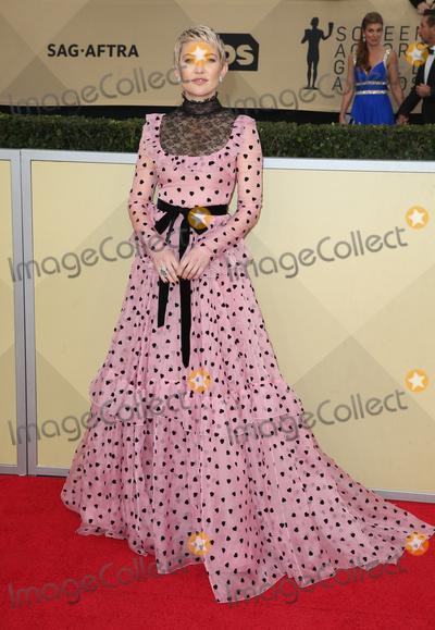 Kate Hudson Photo - 21 January 2018 - Los Angeles California - Kate Hudson 24th Annual Screen Actors Guild Awards held at The Shrine Auditorium Photo Credit RetnaAdMedia