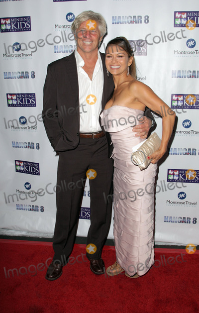 Christopher Atkins Photo - 09 November 2013 - Santa Monica - Nia Peeples Sam GerogeSANTA MONICA CA - NOVEMBER 09 Kale Flowers Mia Coblentz and Christopher AtkinsMichael BezjianPeople  Mending Kids Internationals Wings Around The World African Safari Gala - Red Carpet at Santa Monica Airport Photo Credit Kevan BrooksAdMedia