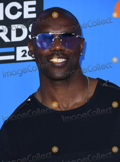 Terrell Owens Photo - 24 March 2018 - Inglewood California - Terrell Owens Nickelodeons 2018 Kids Choice Awards  held at The Forum Photo Credit Birdie ThompsonAdMedia